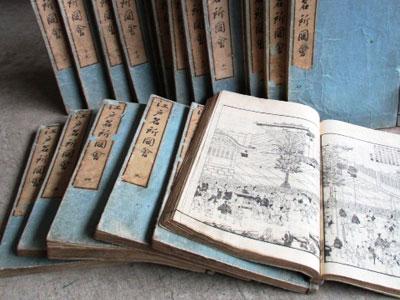 掛軸、茶道具、古書などを解体買取いたしました